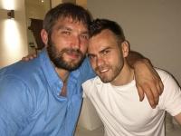 Александр Овечкин и Игорь Акинфеев