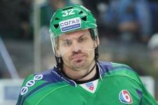 «Думал покончить с хоккеем и стать пожарным, но меня спасла КХЛ»