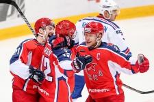 «Динамо» переоценили, СКА никто не боится. Итоги первой трети сезона. Запад