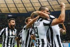 10 трансферов «Милана». Все новички команды