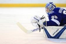 Овечкин получил «Ришар» и оказался в фонтане. Как НХЛ закрыла сезон