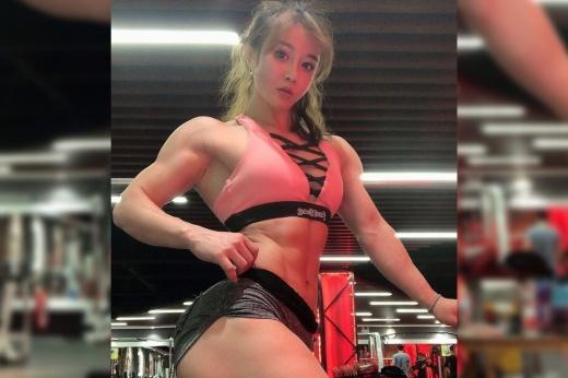 Как выглядит девушка-бодибилдер Наталия Кузнецова? Минусы больших мышц