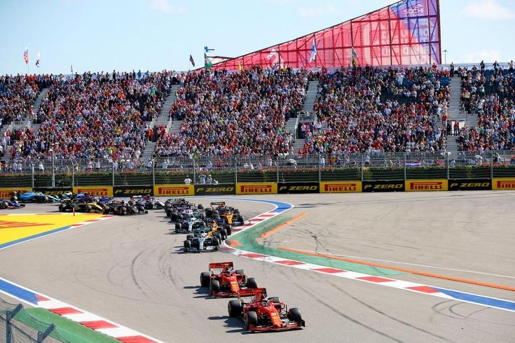 Хэмилтон выиграл Гран-при России Формулы-1