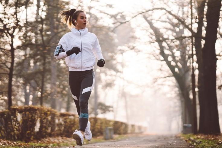 Что надеть на пробежку осенью? Экипировка для бега в холодное время года
