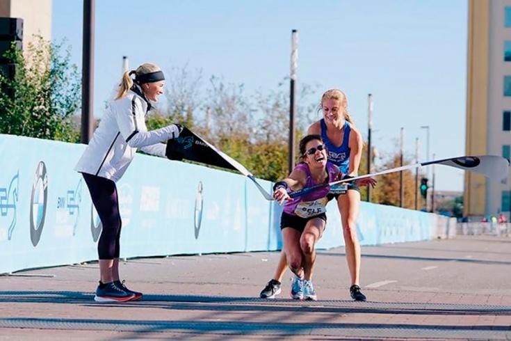 Школьница донесла фаворита до финиша марафона