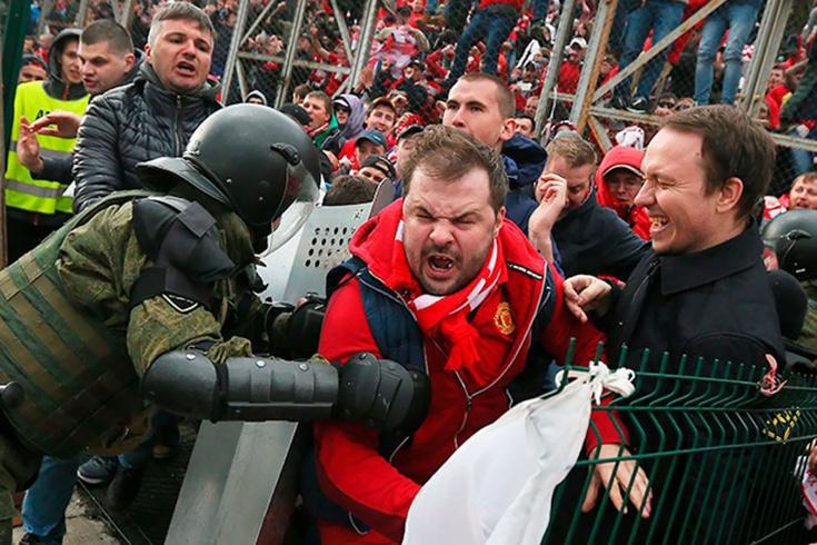 Полицейская охота на фанатов «Спартака» в Питере