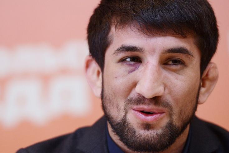 Расул Мирзаев проиграл нокаутом на ACB 99 в Москве, подробности