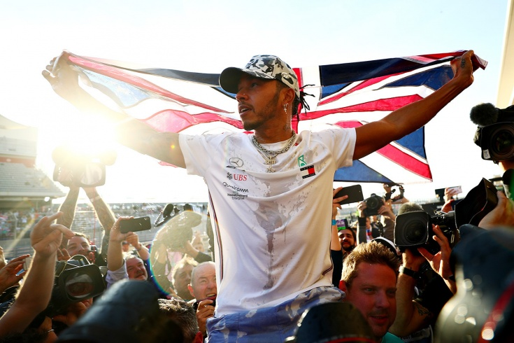 Льюис Хэмилтон – шестикратный чемпион Формулы-1