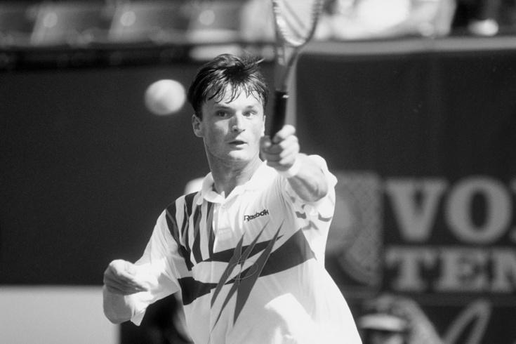 В возрасте 52 лет умер теннисист Александр Волков