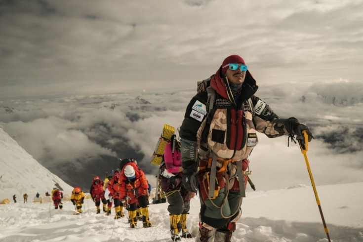 14 самых высоких гор мира за полгода. Рекорд