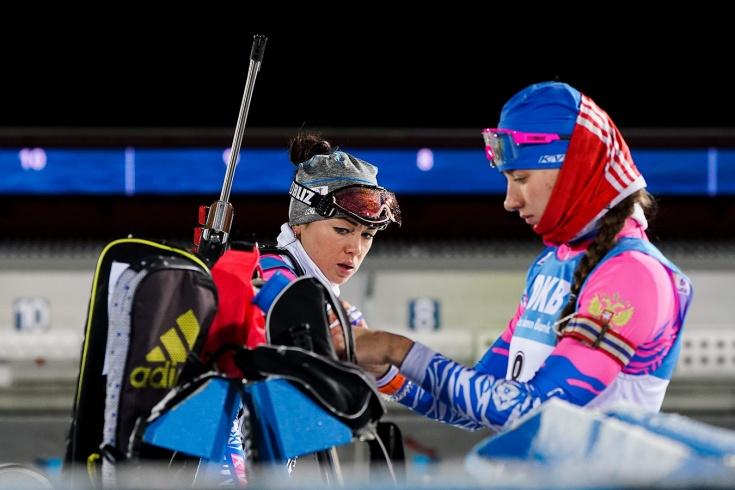 Миронова и Куклина заняли два последних места в масс-старте на Кубке мира по биатлону