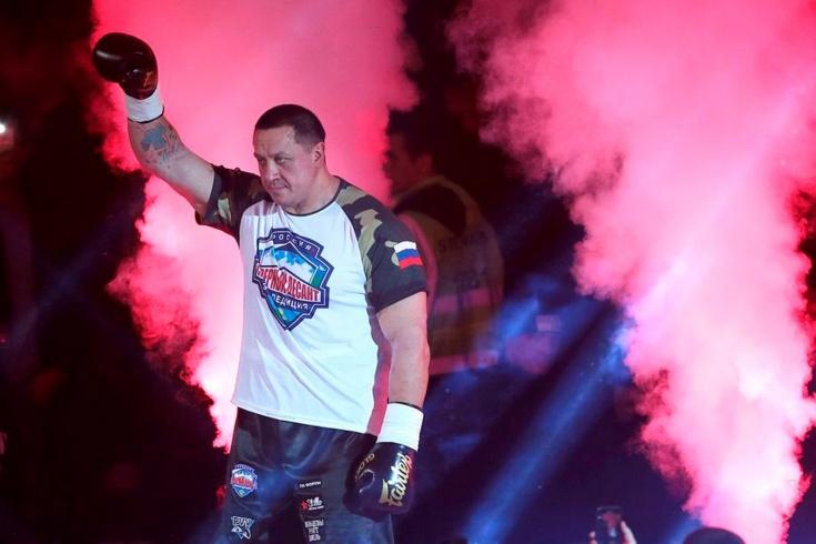 Боксёрские перчатки Кокляева пропали после боя с Е