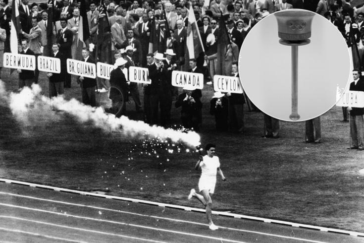 История подмены олимпийского факела