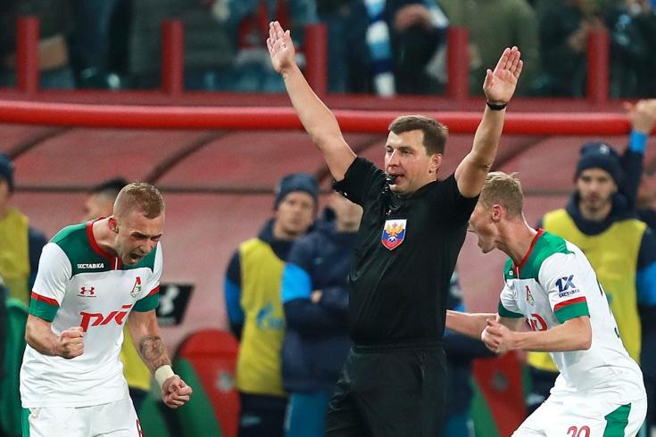 «Локомотив» обыграл «Зенит», Семак обсуждает судейство
