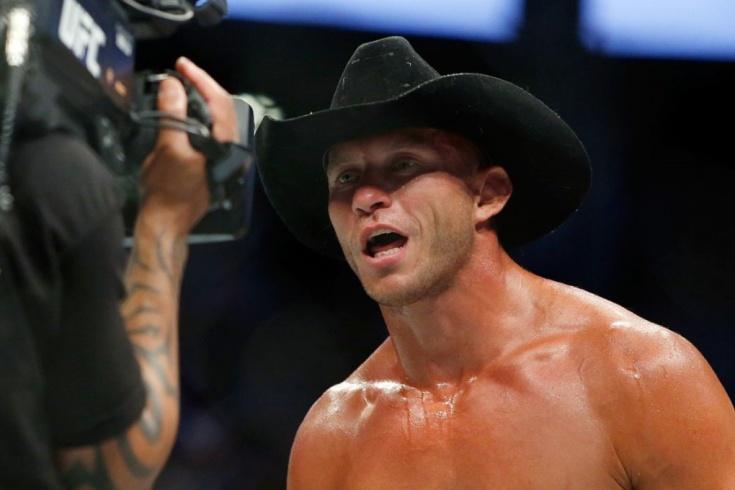 Дональд Ковбой Серроне подерётся с Джастином Гэтжи на UFC Fight Night 158
