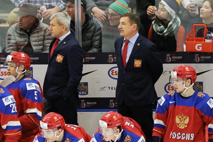 Валерий Брагин на матче Россия - Швеция